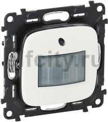 Автоматический выключатель с нейтраллю, 230 В~ , 0-50 Вт для светодиодных ламп, 0-400 Вт для ламп накаливания, белый