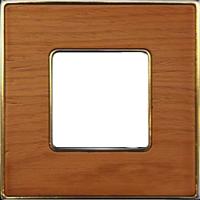 Рамка Vintage Wood (вишня/блестящее золото)